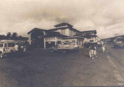 Costado noreste del Mercado Municipal
