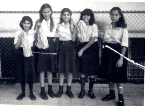 Carmen y Zaida Arias Rojas y otras.